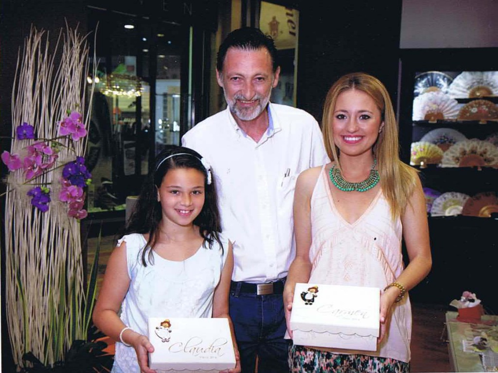 visita falleras mayores 2014 al Espai Ripalda