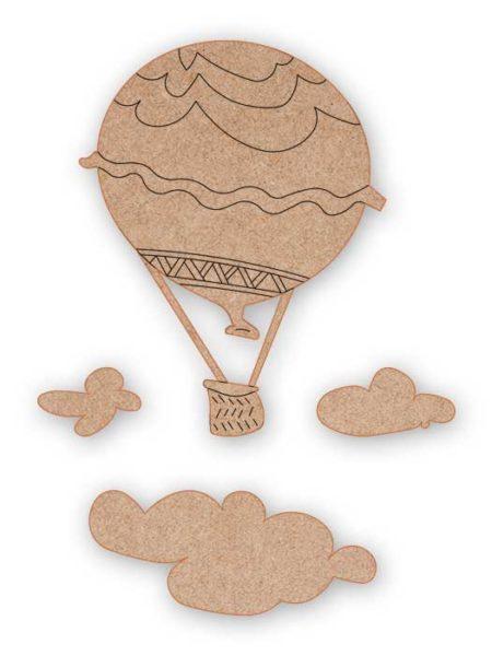 Silueta de madera globo y nubes