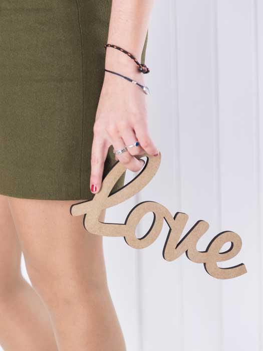 palabra de madera LOVE de silu