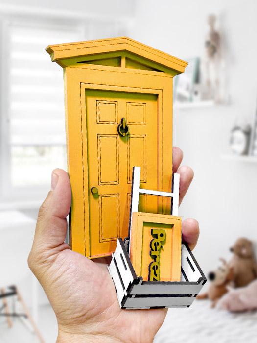 puerta ratoncito pérez amarilla