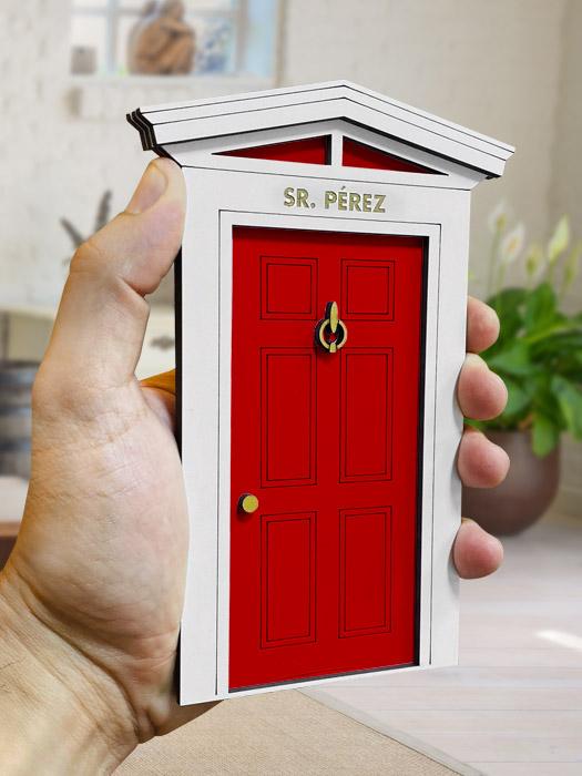 puerta ratoncito perez roja